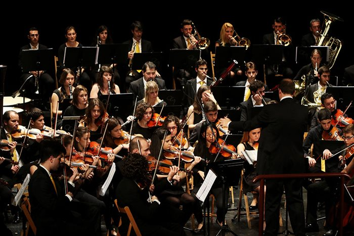 The City of Alcalá orchestra brings us the sounds of film at times of war